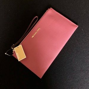 Michael Kors slim Leather LG clutch wristlet purse